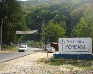 Doar jumătate dintre locurile de cazare au fost ocupate în Moneasa, în mini-vacanţă