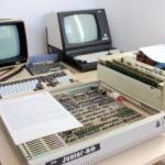 Retro IT. Calculatoare și laptopuri vechi, expuse în clădirea Preparandiei