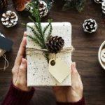 Câți bani cheltuie angajații din Arad pentru cadourile de Secret Santa