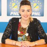 """Patricia Dinga: """"Consilierul Vărcuș nu pricepe ce înseamnă termenul excedent bugetar"""""""