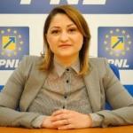 """Roxana Tabuia: """"Pentru Furău este mai important PSD decât etica profesională sau sănătatea arădenilor"""""""