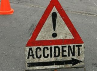 Şoferul unui automarfar a murit într-un accident pe DN 79