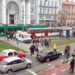Minoră prinsă sub tramvai, în zona Teatrului