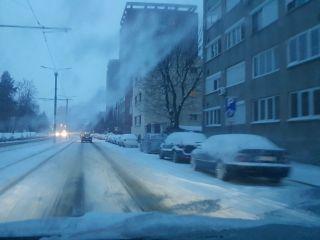 Se cer sancțiuni pentru firma care nu a deszăpezit drumurile din Arad