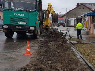 Se reface carosabilul pe trei străzi din municipiul Arad