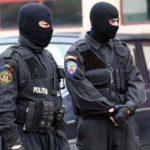 UPDATE Percheziţii la Arad pentru destructurarea unei grupări de trafic de migranţi