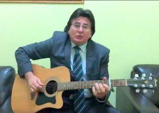 Primarul Nicolae Robu prezintă o nouă compoziţie muzicală