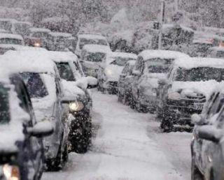 Firma care trebuia să deszăpezească drumurile din Arad, amendată