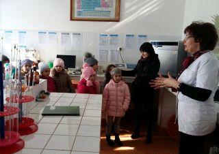 Ziua Mondială a Apei, la Arad. Peste 500 de copii în vizită la Uzina de Apă