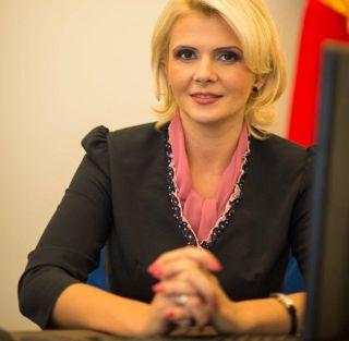 """Claudia Boghicevici, vicepreședinte CJ Arad: """"Anul Centenar ne-a determinat să realizăm investiții majore în infrastructura culturală a județului"""""""