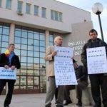 Un nou protest al localnicilor din Nadăş în fața Tribunalului