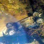 Autoturism răsturnat în râu, la Moneasa