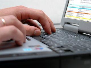 """""""Antonia"""", primul funcţionar public virtual din România bazat pe inteligenţa artificială"""
