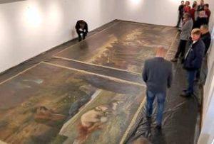 """Tripticul """"Înmormântarea lui Hristos"""", restaurat și expus la Muzeul din Arad"""