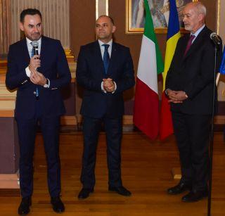 Ambasadorul Italiei în România, primit de primarul Aradului