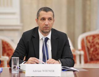 Adrian Wiener: Legea mirosurilor este blocată în Parlament