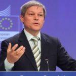 Cioloş spune că trăieşte din banii puşi deoparte cât a fost comisar european