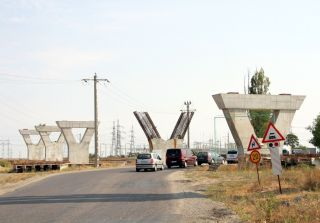 Ministrul Transporturilor, nemulțumit de stadiul lucrărilor la pasajul din Micălaca