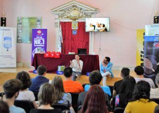 Conferințele BookLand Evolution. Viitorul României stă în mâinile tinerilor de azi
