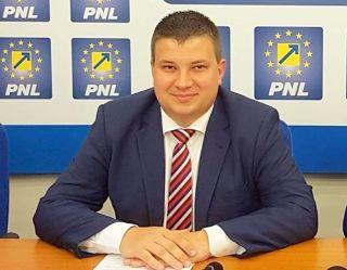 """Bogdan Boca: """"Primăria Arad nu este a Partidului Comunist, nici a urmaşilor acestuia"""""""