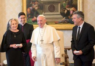 """Dăncilă s-a întâlnit cu Papa Francisc. """"M-a întrebat dacă am puterea să duc la sfârşit acest mandat"""""""