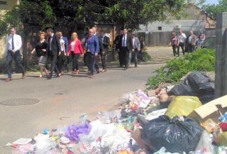 """Ministrul Mediului, la Arad: """"Autorităţile nu au ştiut să coordoneze sistemul de salubrizare"""""""