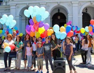 Ziua Națională pentru Adopție este marcată, în fiecare an, la 2 iunie