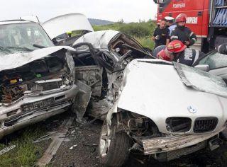 Accidente la Ineu și Zăbrani. Un mort și mai mulți răniți