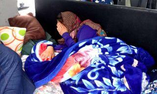 Adolescentă ascunsă sub o pătură, în portbagajul unui microbuz, depistată la frontieră