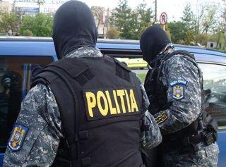 Proxenet reținut de polițiști. A determinat o minoră să se prostitueze