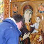 Tradiţii şi obiceiuri de Adormirea Maicii Domnului: Ce se întâmplă de Sântămaria Mare