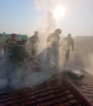 Incendiu la Centrul medical Laser System din Vladimirescu. Pacienții, evacuați