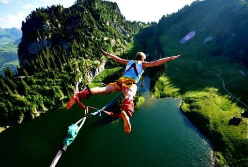 Te consideri un aventurier? Iată 5 activități care nu trebuie să lipsească din viața ta și pe care sigur nu le-ai încercat încă!