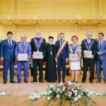 Titluri și distincții pentru cei care au promovat Aradul