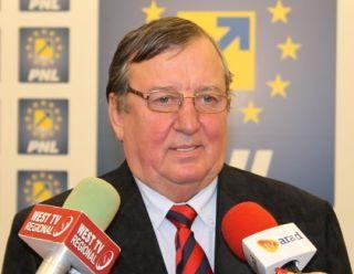 """Vasile Ciceac: """"Desființarea SMURD în oraşul Nădlac este un atac la sănătatea locuitorilor"""""""