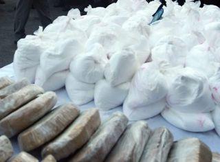 5 tone de precursori de heroină şi 20 de kg de cocaină, confiscate la PTF Nădlac