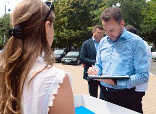"""""""Fără penali în funcții publice"""". Falcă: Vom sesiza Poliția și Parchetul cu privire la semnăturile false"""