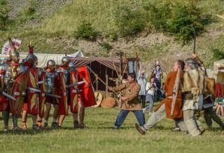 Garda Apulum, la Zilele Aradului. Spectacole de reconstituire antică