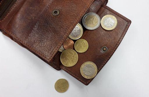5 modalități eficiente prin care poți să economisești mai mult
