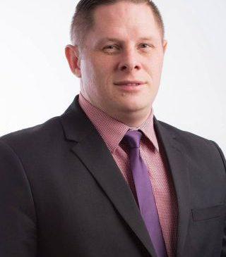 """Francisc Kempf: """"Locuitorii din Vladimirescu îşi distrug maşinile pe drumurile din comună"""""""