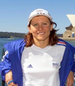 O româncă a fost numită ministru al Sporturilor din Franţa