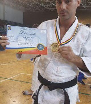 Polițist arădean, pe locul I la Campionatul Național de Judo