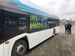 Achiziționarea a 10 autobuze electrice, aprobată în CLM Arad