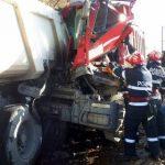 Accidente pe DN 7, în județul Arad. Un bărbat a murit, iar doi au fost răniți