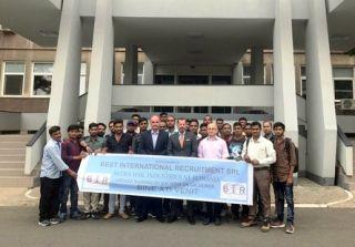 Companii mari din Arad apelează la muncitori din India
