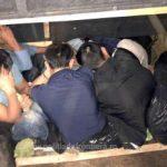 Şapte migranți, găsiți ascunși într-o autoutilitară la frontieră