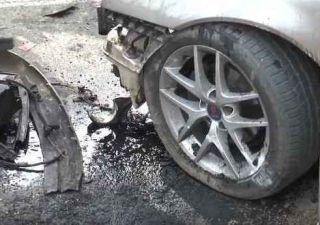 Doi bărbați și-au ciocnit mașinile. Niciunul nu avea permis de conducere