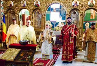 """IPS Părinte Timotei a slujit la hramul bisericii ,,Sf. Ap. Andrei"""" din Arad"""