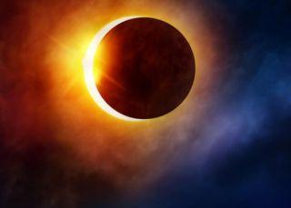 Eclipsă totală de Lună vizibilă în România