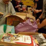 Tinerii liberali arădeni au dotat biblioteca din Hășmas cu peste 1.200 de cărți